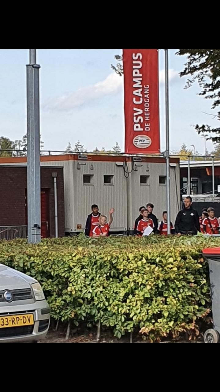 Mike-van-Elderen-bij-PSV-2